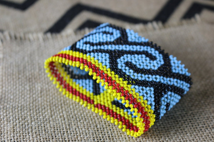 Art# K219   4 inch. Original Kayapo Traditional Peyote stitch Beaded Bracelet from Brazil.