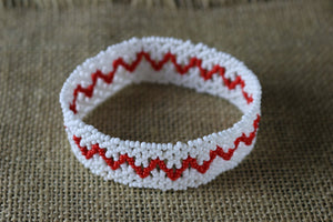 Art# K253  4+ inch. Original Kayapo Traditional Peyote stitch Beaded Bracelet from Brazil.