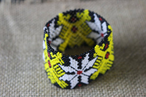 Art# K280  3+ inch. Original Kayapo Traditional Peyote stitch Beaded Bracelet from Brazil.