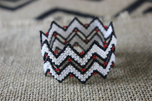 Art# K347  2.5+ inch. Original Kayapo Traditional Peyote stitch Beaded Bracelet from Brazil