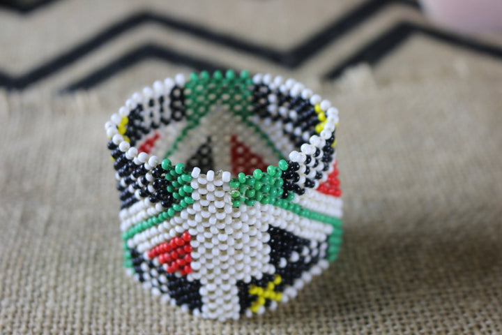 Art# K349  3 inch. Original Kayapo Traditional Peyote stitch Beaded Bracelet from Brazil