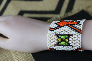 Art# 373K - 3.5  inch. Original Kayapo Traditional Peyote stitch Beaded Bracelet from Brazil