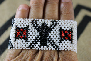 Art# K403  3+ inch. Original Kayapo Traditional Peyote stitch Beaded Bracelet from Brazil