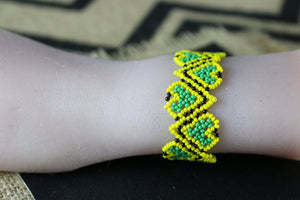 Art# K414   3.5+ inch. Original Kayapo Traditional Peyote stitch Beaded Bracelet from Brazil