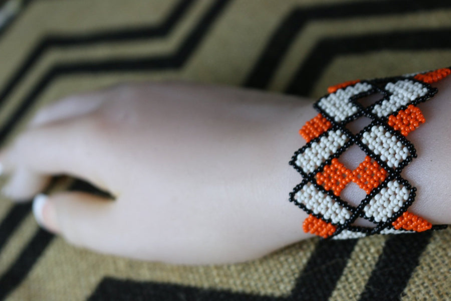 Art# K419  3+ inch. Original Kayapo Traditional Peyote stitch Beaded Bracelet from Brazil