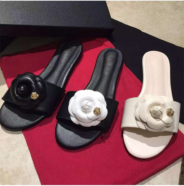 2020 Summer New Flower Docoration Women Slippers Runway Brand Genuine Leather Flats Shoes Girl Casual Beach Sandals Shoes