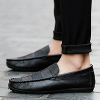 Tangnest New 2018 Spring Men Loafers Outdoor Breathable PU Leather Casual Shoes Fashion Lazy Men Flats Moccasins XMR2850