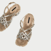 Luchfive 2018 New Arrival Feather Crystal Buckle Strap Open Toe Woman Sandals Low heel Jeweled Faux Fur Crystal High Heels Shoes