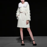 2018 Autumn Winter High Quality New Women's Woolen Coat Flower Applique Long Sleeve Slim Waist Thick Coat + Faux Fur Collar