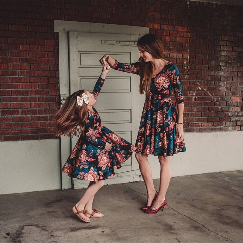 Mommy and Me-Mother Daughter  Vintage Floral Mini Dress