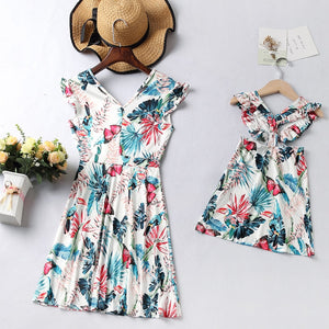Family Matching Clothes Fashion V-neck Ruffled Floral Mini Dresses