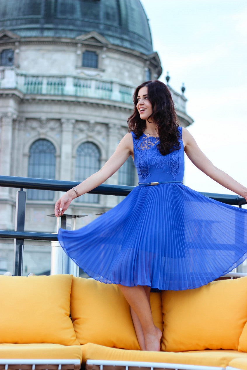 The Fashion Container's Malena Permentier in a Pop of Blue Dress | Mel Boteri 5 Summer Trends To Try Now