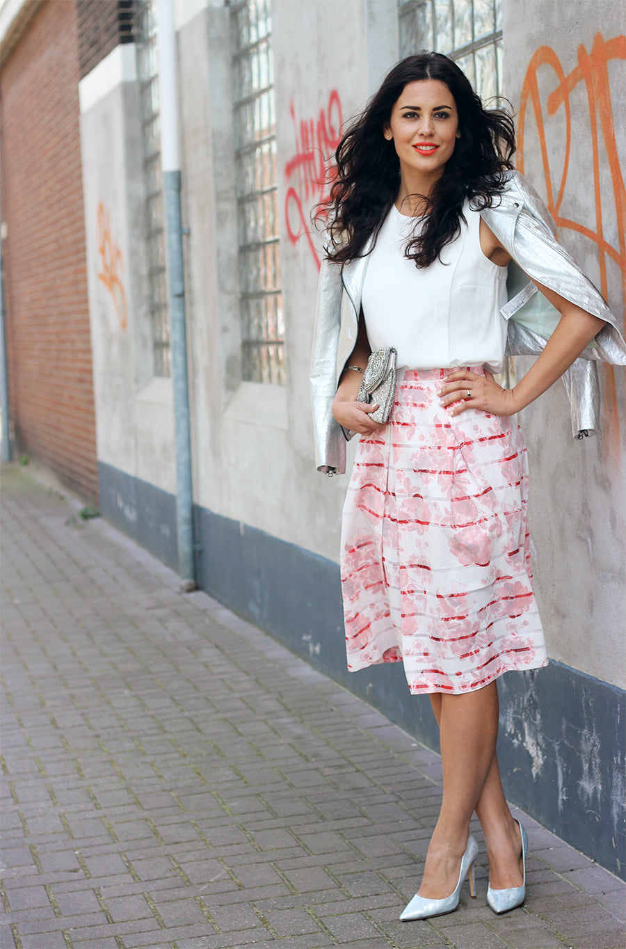The Midi Skirt - How to Wear it according to The Fashion Container's Malena Permentier