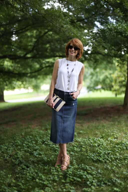 The Middle Page | Mel Boteri Style Guide: How To Wear The Trendy Denim Skirt
