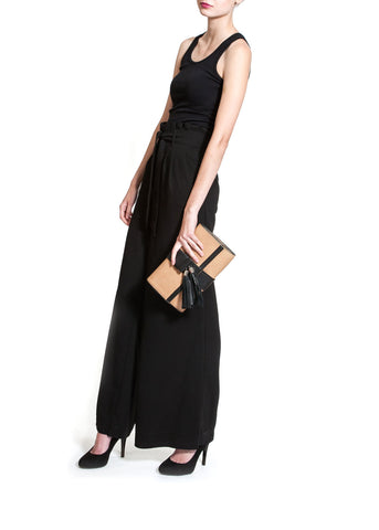 'Lauren' Camel & Black Leather Clutch and Shoulder Bag | Mel Boteri | Model View