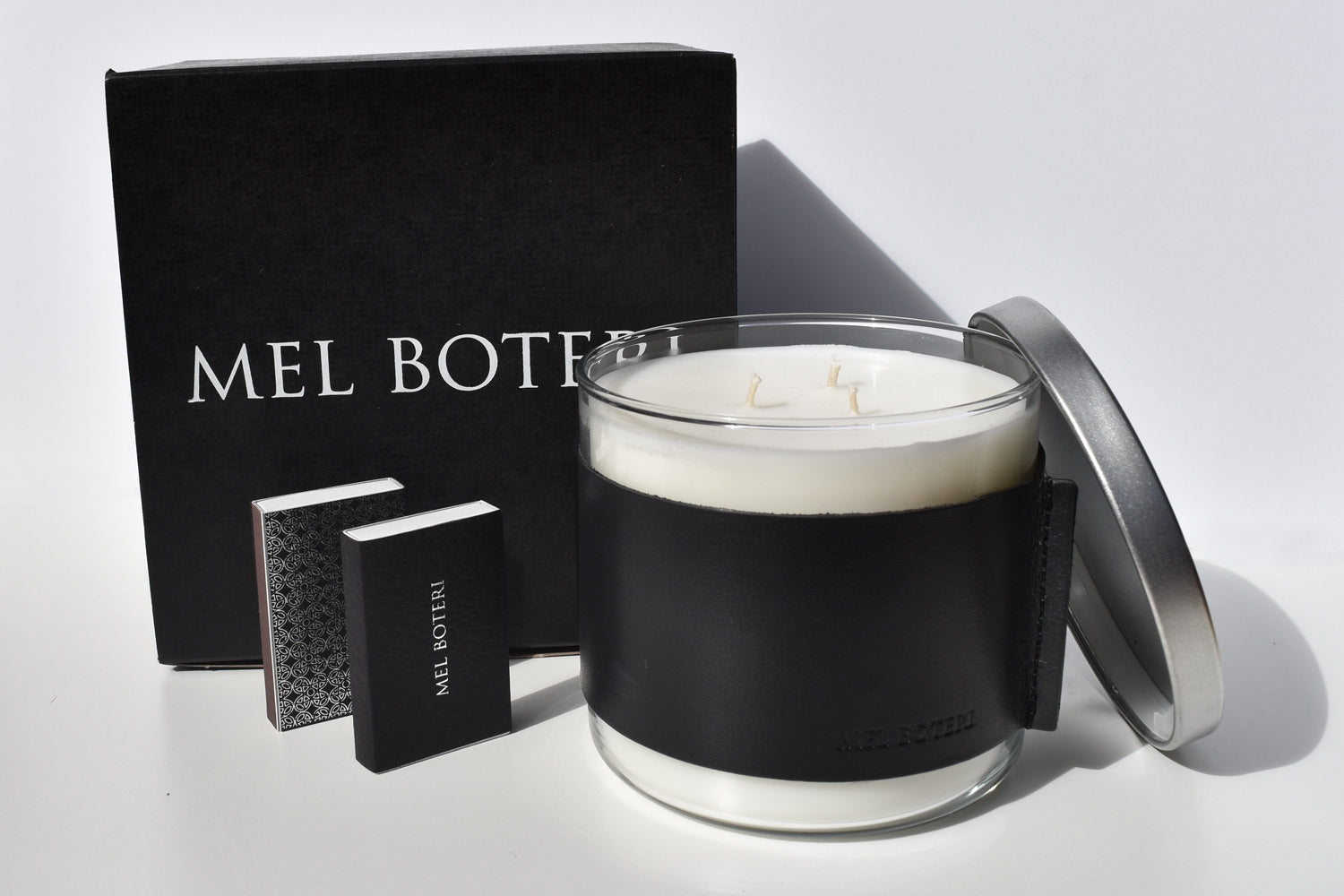 Oud & Bergamot Scented Candle | Mel Boteri Home Collection | Gift Set