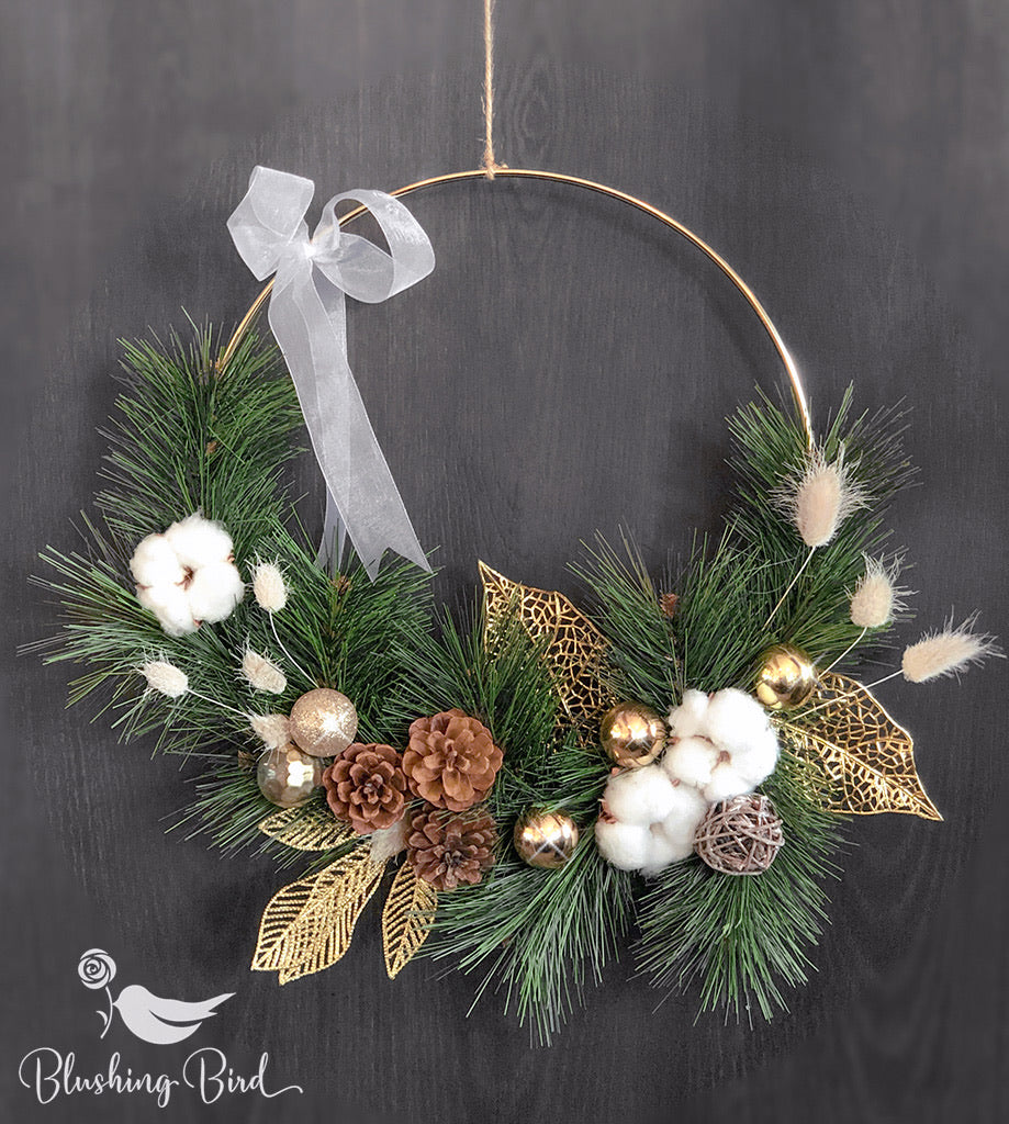 Timeless luxury gold wreath