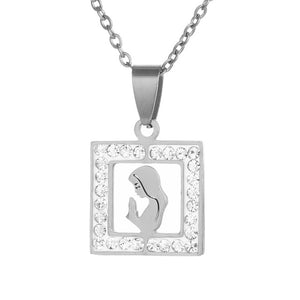 Women Design Pendant Necklace