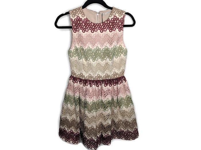 NWT $595 Alice + Olivia Joyce Lace Party Dress Fit & Flare Beige Pink Green Red 2