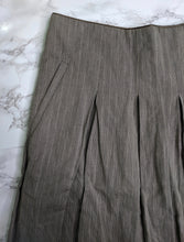 Load image into Gallery viewer, CABi Brown Plaid Pleaded Liverpool Riding Club Skirt sz 6