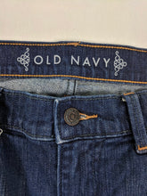 Load image into Gallery viewer, Old Navy Denim Skirt sz 8