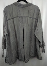 Load image into Gallery viewer, Zozo Gray Lyocell Blouse sz 3X