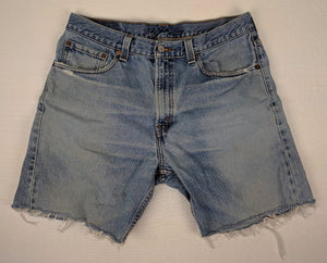 Levi's 505 Denim Cut Off Jean Shorts Label sz 34