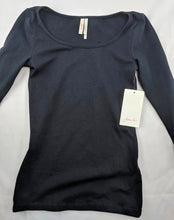 Load image into Gallery viewer, $22 NWT Frenchi Nordstrom Black 3/4 Sleeve Shirt sz XS