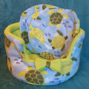 Fall Feathers Cuddle Cup Round With 2 Pee Pads