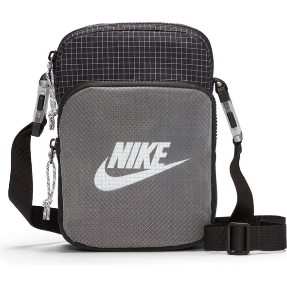 NIKE - HERITAGE 2.0 BAG - BLACK/BLACK/WHITE