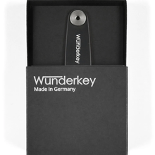 Load image into Gallery viewer, WUNDERKEY | Wunderkey Classic Key Holder | Black - LONDØNWORKS