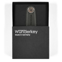 Load image into Gallery viewer, WUNDERKEY | Wunderkey Leather Key Holder | Black - LONDØNWORKS