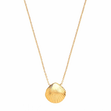 Load image into Gallery viewer, OTTOMAN HANDS | Seashell Gold Necklace - LONDØNWORKS