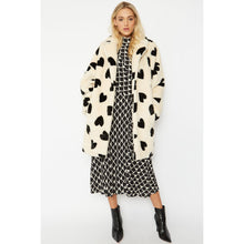 Load image into Gallery viewer, JAYLEY | Statement Faux Fur Coat Lola Black Hearts | Cream - LONDØNWORKS