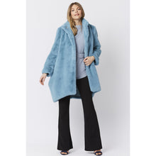 Load image into Gallery viewer, JAYLEY | Oversized Faux Fur Coat Lux | Light Blue - LONDØNWORKS