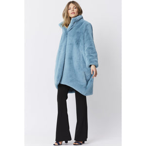 JAYLEY | Oversized Faux Fur Coat Lux | Light Blue - LONDØNWORKS