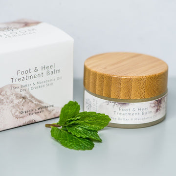 Organic Foot & Heel Treatment Balm With Macadamia & Lemongrass