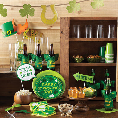 St Patrick's Day Drink Holder Party Supplies