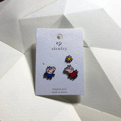 Korean style asymmetrical Peppa pig earrings