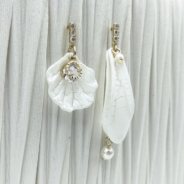 Korean style Asymmetrical Pearl earrings