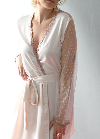 Showstopper Robe