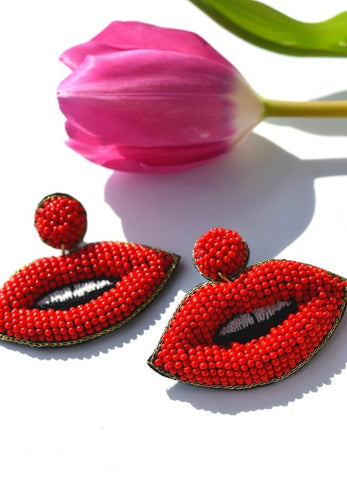 Beaded Lips Earrings