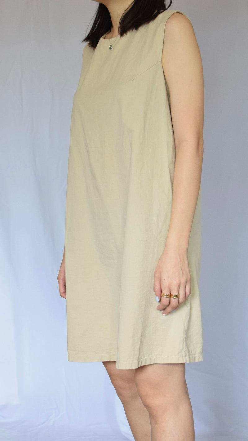 Sanbara Muji Estque dress