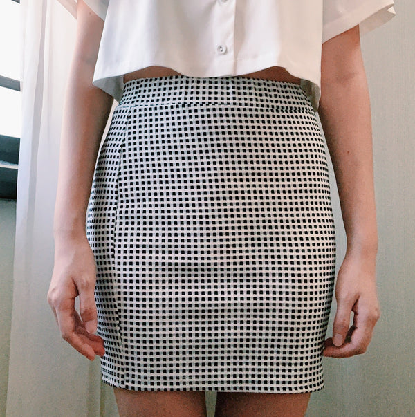 NET's checkered skirt