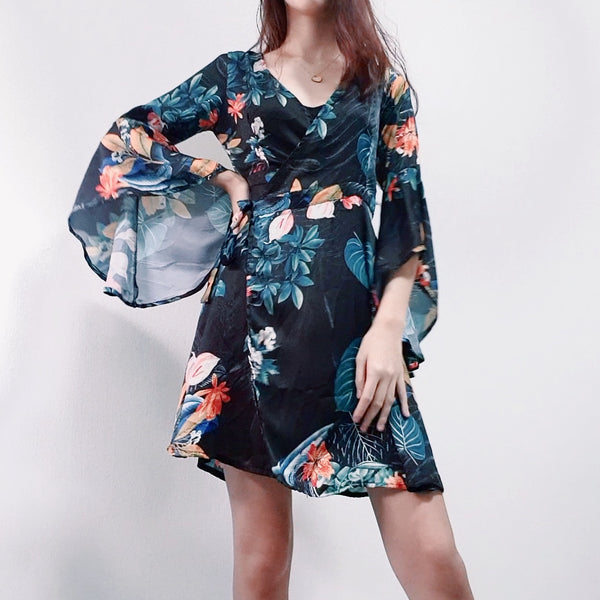 Dressabelle's Bell Sleeve Wrap Floral Dress