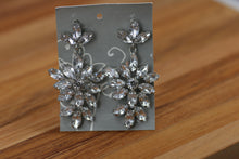 Load image into Gallery viewer, Earrings with Post (34)