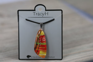 TracyH Pendant Tua Tua Abstract Orange
