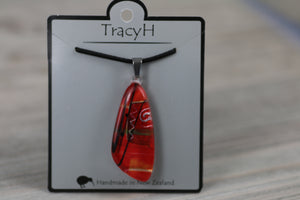 TracyH Pendant Tua Tua Abstract Red