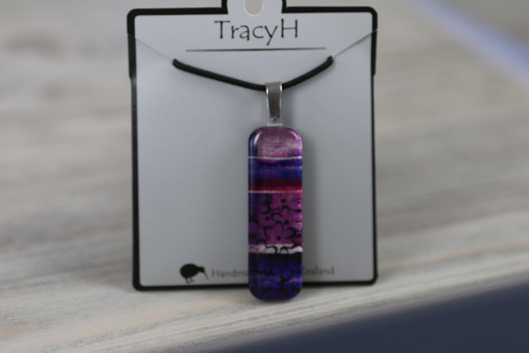 TracyH Pendant Rectangle Daisy2 Purple