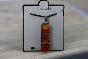 TracyH Pendant Rectangle Daisy2 Red